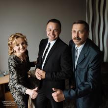 Фотосъемка свадьбы Сергея и Елены в Могилеве - дома у жениха - родители