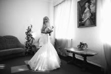 Фотосъемка свадьбы Андрея и Ольги в Могилеве - в комнате невесты