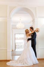 Фотосъемка свадьбы Андрея и Ольги в Могилеве - молодожены в ЗАГС-е
