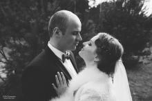Фотосъемка свадьбы Михаила и Юлии в Круглом - жених и невеста - нежность